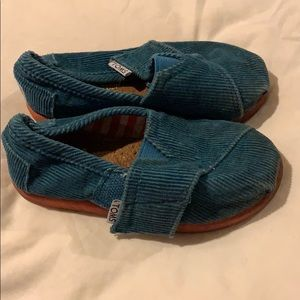 Toms corduroy size 6 teal